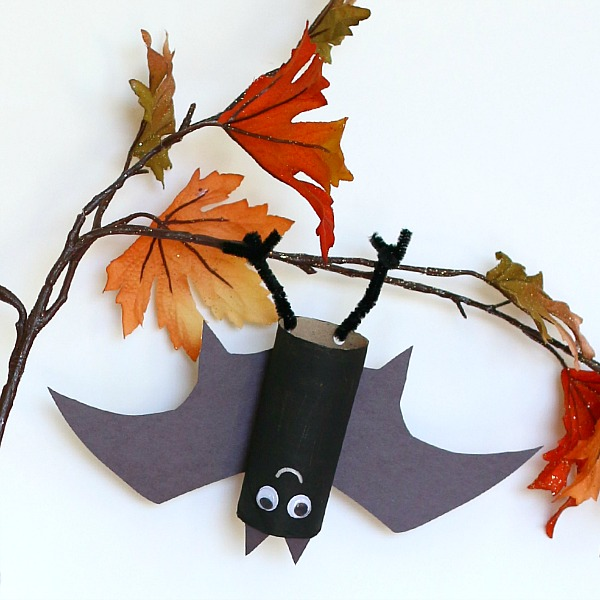 In my opinion- crafting should have its own holiday! But since it doesn't, I'll have to settle for holiday themed crafts. These halloween crafts are absolutely adorable and easy!