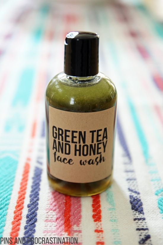 Green tea is amazing for your skin. That's what makes this all natural DIY face wash so great. It is perfect for people with sensitive skin, and it is naturally anti-inflammatory. And unlike a lot of homemade face washes, it actually has some foaming action. The green tea can reduce the appearance of pores and make your skin look fresh and young! Honey makes it a great moisturizing and gentle face wash for sensitive skin. And you won't believe how easy it is to make!