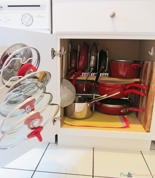 kitchen-organization-pots-and-pans-and-lids